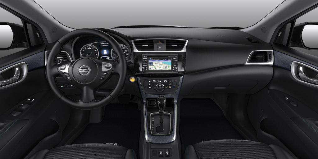 2018 Nissan Sentra Interior black
